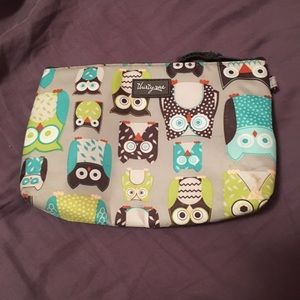 Thirty-one zip pouch